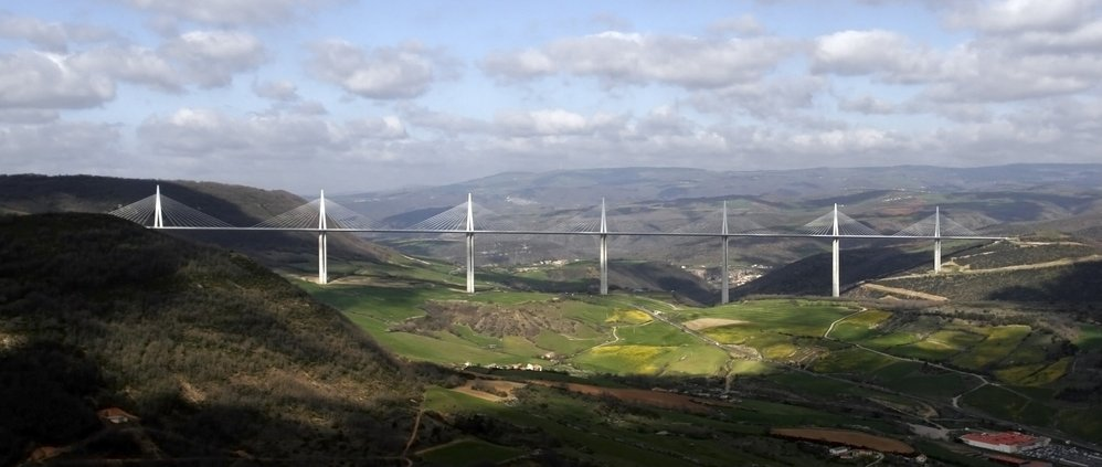 Viaduct, Millau